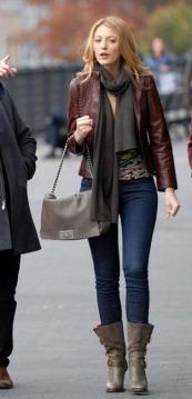 Serena van der Woodsen jacket and boots gossip girl